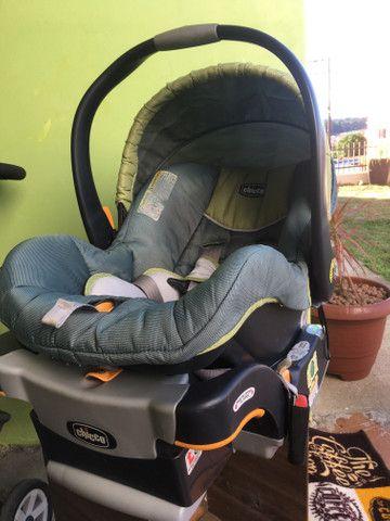 Kit Chicco carrinho, bebê conforto e base - Foto 5