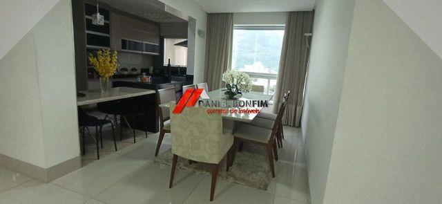 Apartamento no centro com 02 vagas e fina acabamento - Foto 6