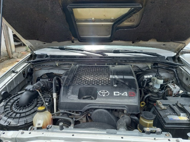 Hilux Diesel SRV 4x4 Manual 2011/2012 - Foto 6