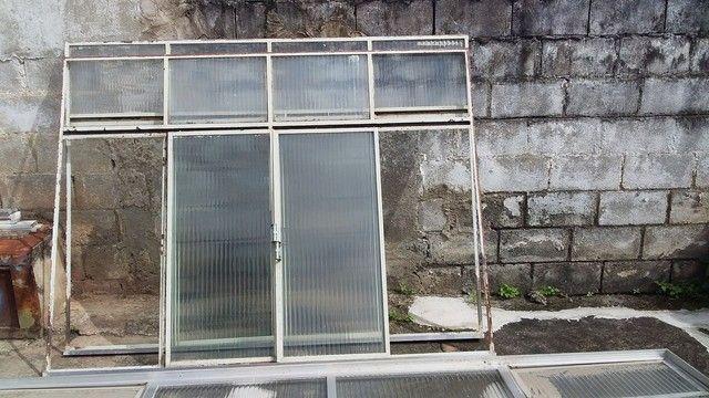 Vendo  Janelas e  Porta - Foto 2
