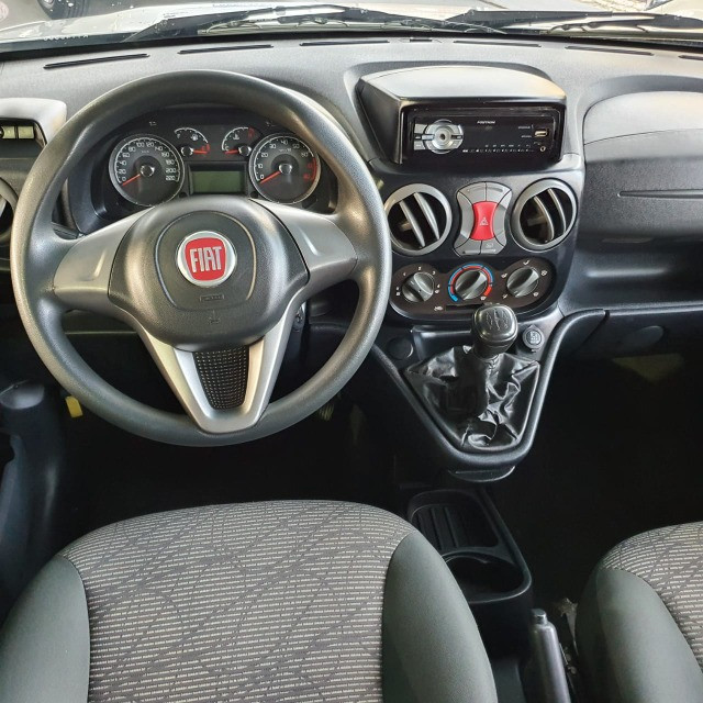 Fiat Doblo Essence 1.8 7L 2019 - Foto 4