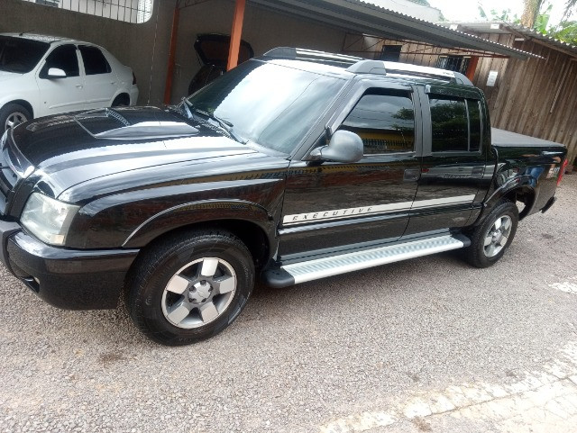 Chevrolet ,ano2011 ,s10 executive ,2,8 diesel , 4x2 ,completa ,impecavel ,,,, - Foto 4