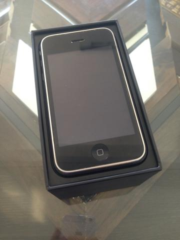 IPhone 3gs preto CONSERVADO