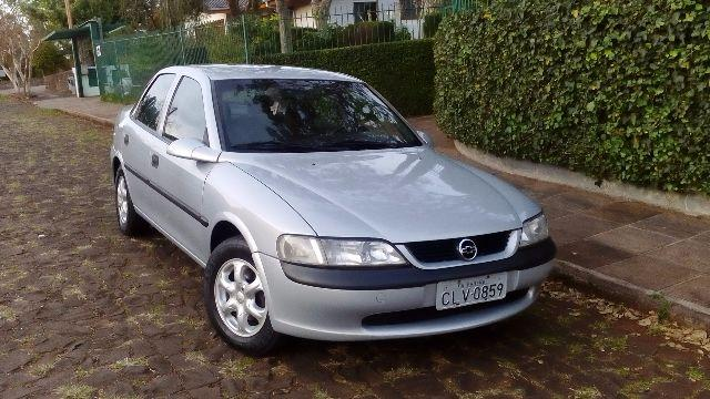 Gm - Chevrolet Vectra 2.0 8v 1998