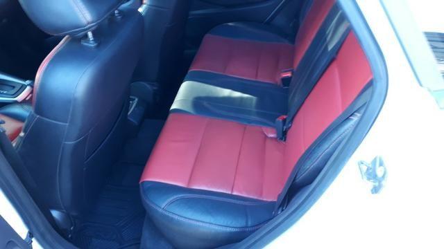 Ford Fiesta Sedan SEL 1.6 Automatico - Foto 8