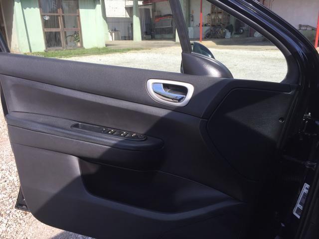 Peugeou 307 sedan presence pack 1.6 - Foto 14