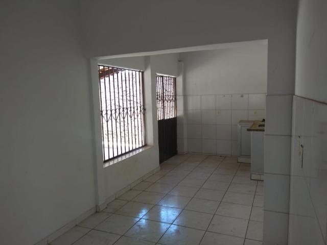Casa 2/4 + sala comercial - Vila Lucy - Foto 9