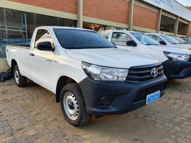 Toyota Hilux CS 4x4 -2017 - Foto 2
