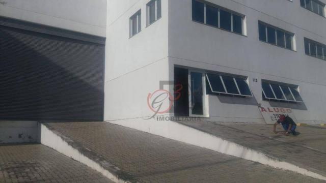 Galpão para alugar, 910 m² - Foto 4