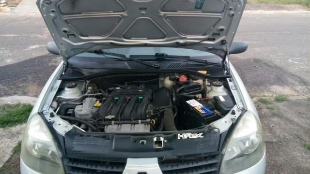 Clio Hatch - Foto 2
