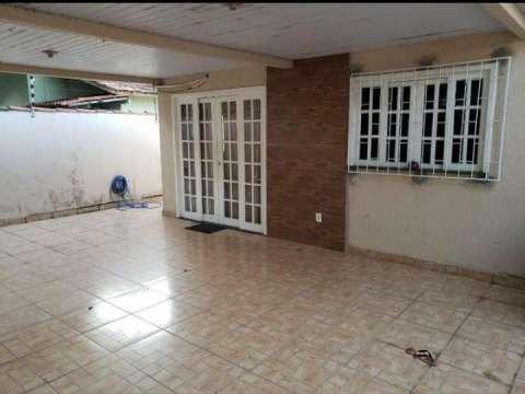 Vendo casa em Olinda, Nilópolis