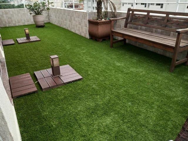 Grama Sintética Ideal Garden 20mm Bicolor de Jardim - Foto 4