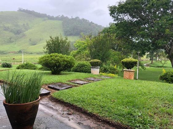 Fazenda centenária, com casarão histórico - Foto 17