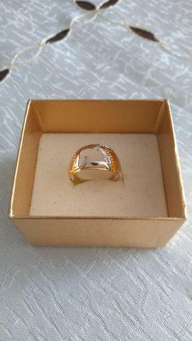 Anel em ouro 750