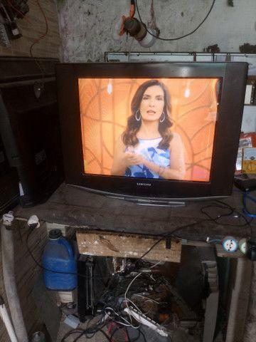 Vendo duas tv