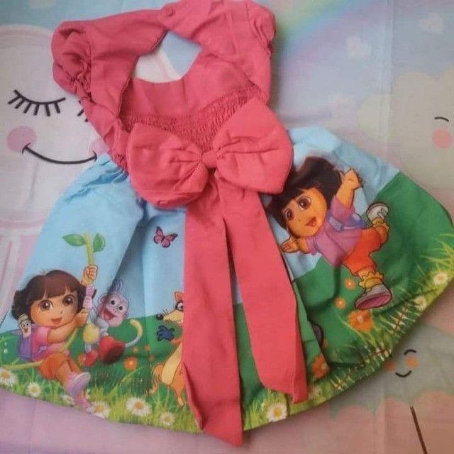 Vestido Dora aventureira Vários Tamanhos - Foto 2