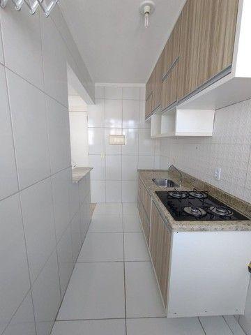 Alugo apartamento no fonte das aguas com armários na cozinha  - Foto 5