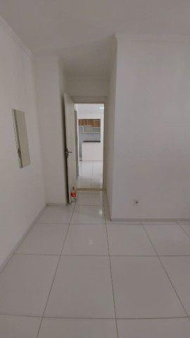 Alugo apartamento no fonte das aguas com armários na cozinha  - Foto 11
