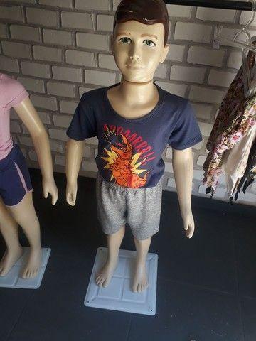 Manequins infantil usado apenas por 3 meses - Foto 3