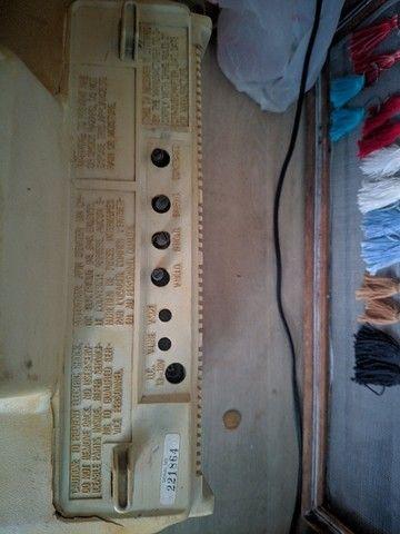 Televisão antiga, uhf/vhf - funcionando - Foto 2
