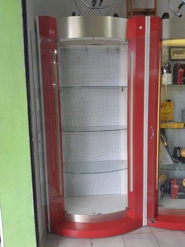 Expositor de Vidro Curvo com Iluminação 3 Prateleiras