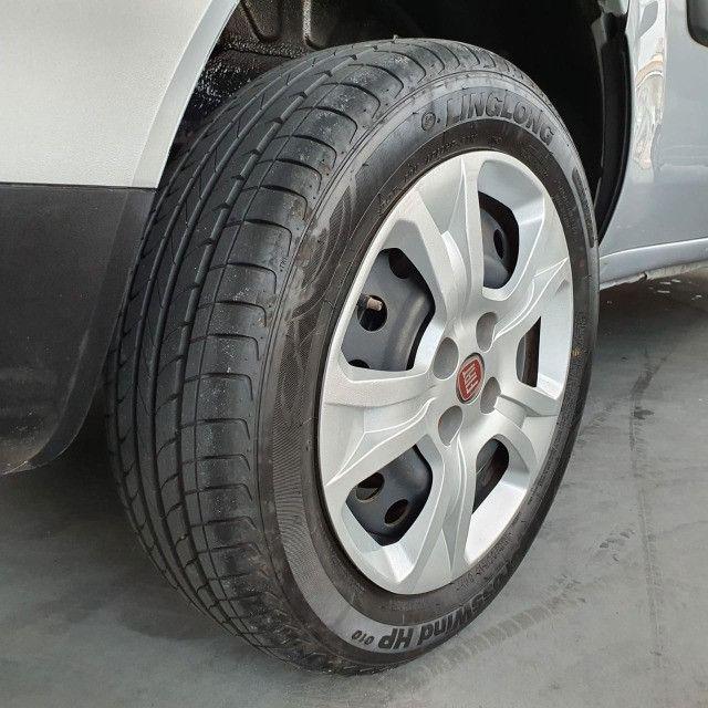 Fiat Doblo Essence 1.8 7L 2019 - Foto 6