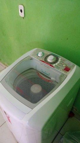 Maquina de lavar ,nunka foi usada tá  novinha . Venha logo conferir