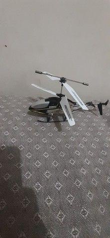 Helicóptero fênix de controle remoto para manutençao