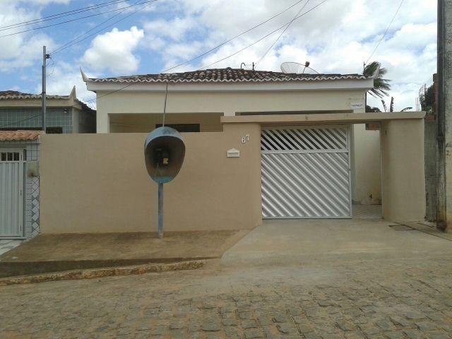 Casa no centro de Alagoa Grande