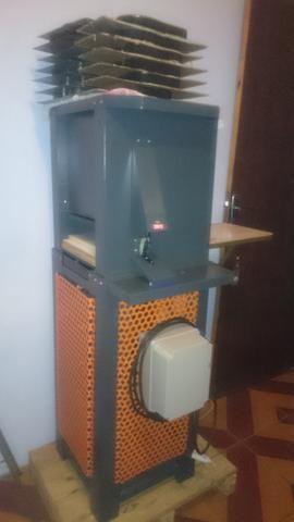 0a2dea99c Máquina de Fabricar chinelos automática - Máquinas para produção ...