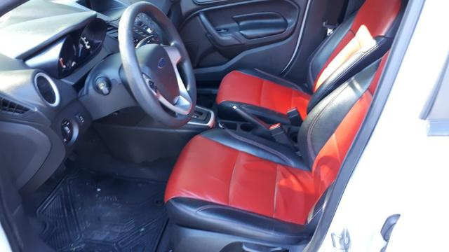 Ford Fiesta Sedan SEL 1.6 Automatico - Foto 9