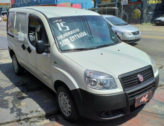"""Fiat Doblo 2015 com direção """"zero de entrada"""" - Foto 3"""