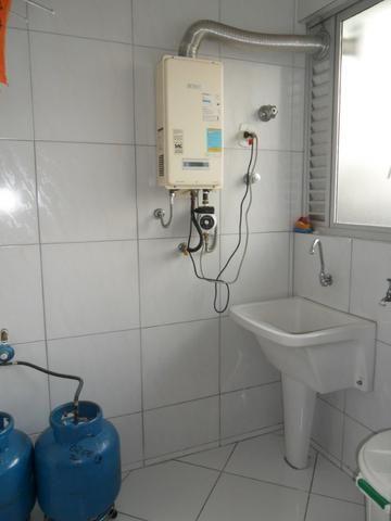 Apartamento Mobiliado, com 03 dormitórios - Água Verde - R$ 1.300,00 + taxas - Foto 12