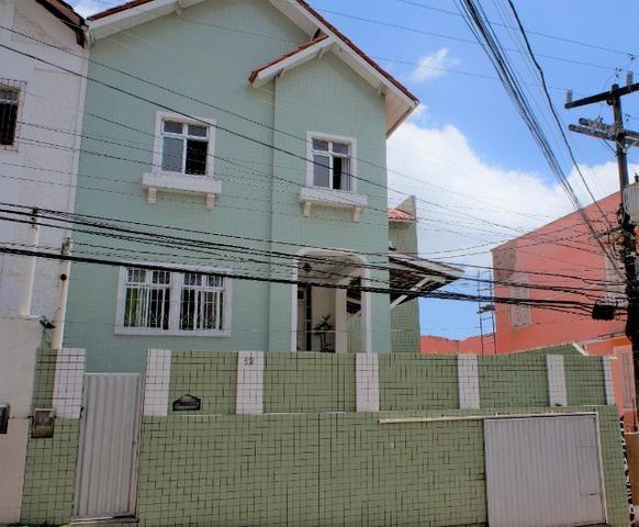 Casa em Nazaré - Salvador,BA - 256m² - 4/4 - 2 suítes - Excelente Localização