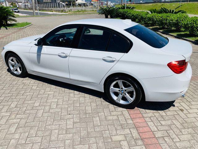 BMW 320i 2015 - Foto 2