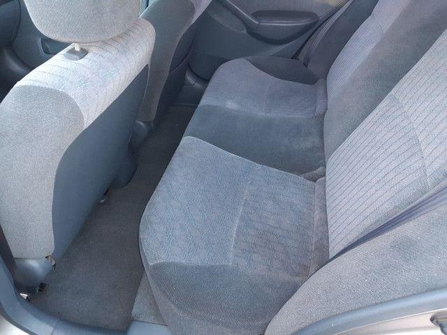 Honda Civic vendo ou troco por outro carro mais novo - Foto 8
