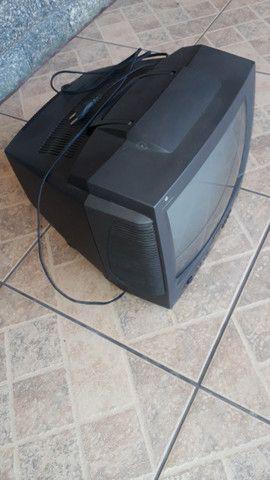 TV Philips 14 polegadas com controle remoto