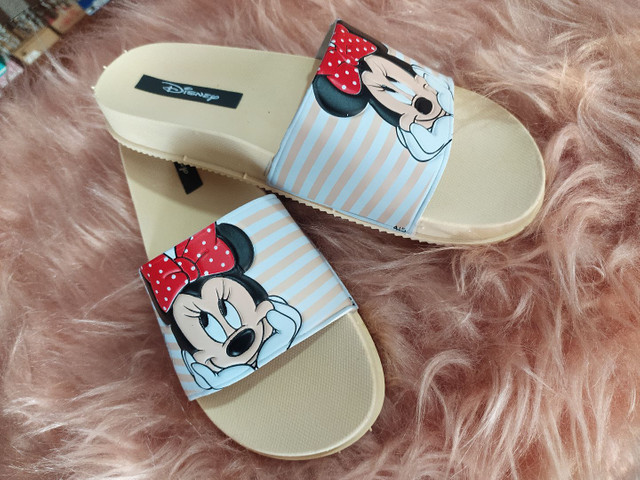 Chinelo slide Minnie e Mickey - Foto 5