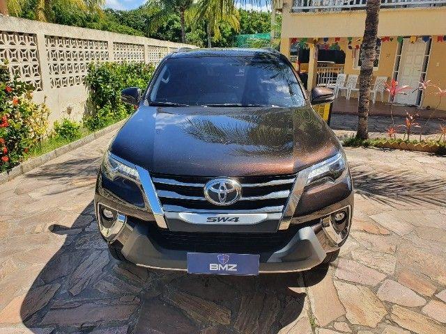 Toyota Hilux SW4 - Foto 2