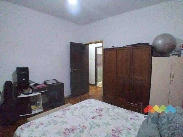 Alugo apartamento com três quartos, sendo um suíte, 150 m² - Barra - Salvador/BA - Foto 8