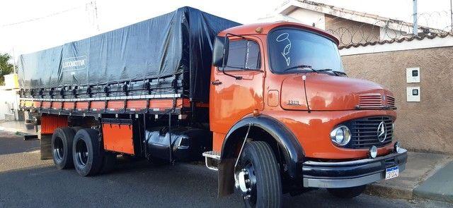 Vendo ou troco boiadeiro ou caçamba truck - Foto 6