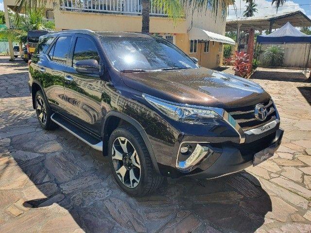 Toyota Hilux SW4 - Foto 9