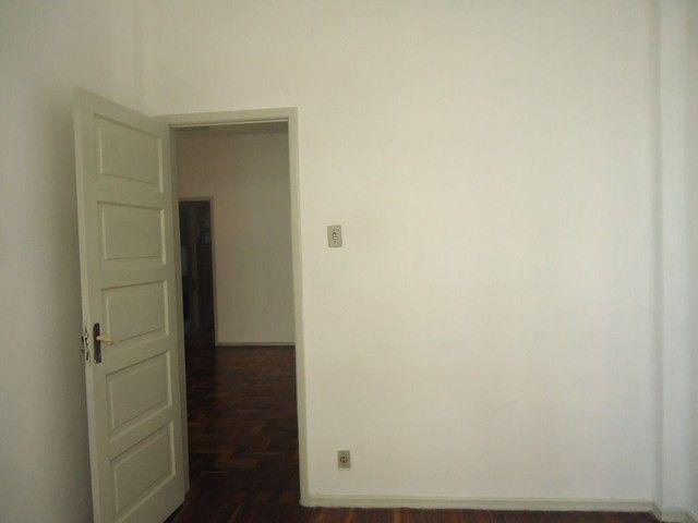 Apartamento com 2 dormitórios para alugar, 85 m² por R$ 1.000,00/mês - Centro - Niterói/RJ - Foto 10