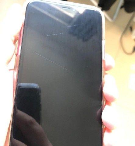 iPhone 11 Red 128gb em ótimo estado, saude da bateria 89% - Foto 3
