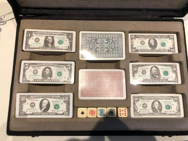 Fichario Para Poker Exclusivo - Fichas Em Forma De Dollar