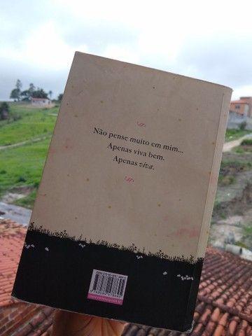 Livro Depois de você - Foto 2