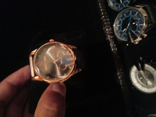 3c3190e6f39 Relógios varias marcas - Bijouterias