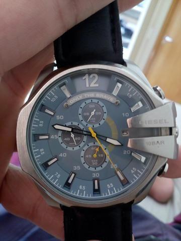 2429a33bc17 Vende -se relógio Diesel original usado conservado - Bijouterias ...