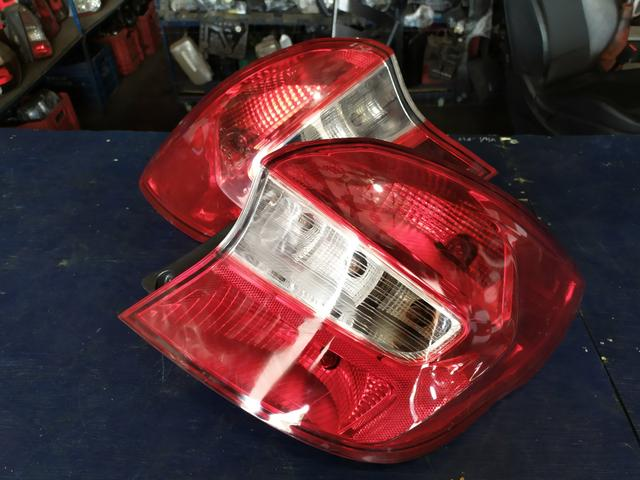 Lanterna traseira Ford Ka NOVO Hatch
