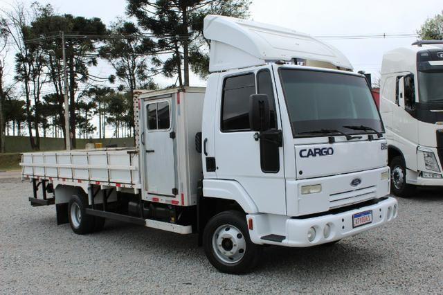 Ford cargo 816 s cabine suplementar e carroceria